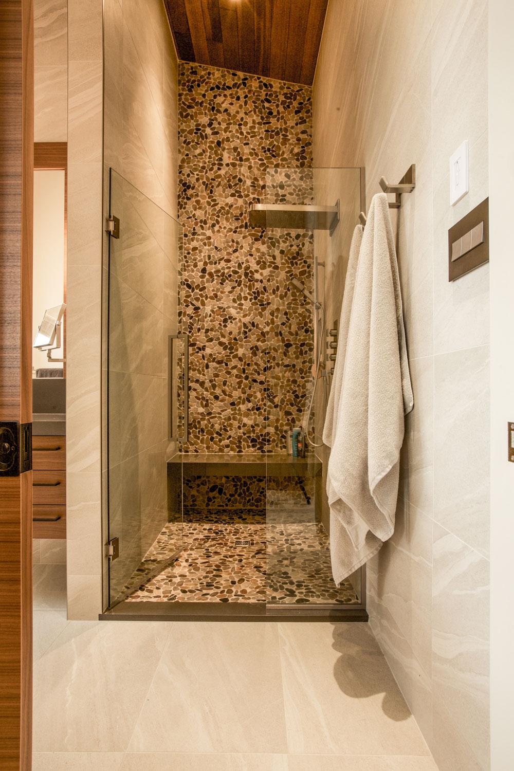 Unit 7 Architecture | Projects - Winnipeg Beach Summer Home - WALK IN SHOWER