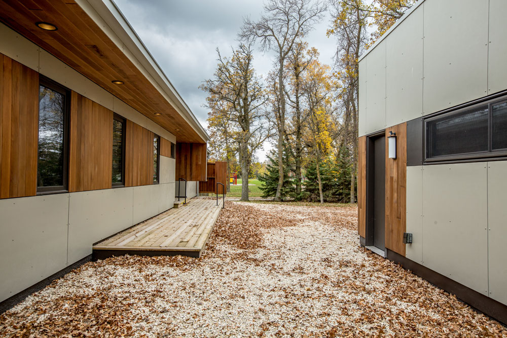 Unit 7 Architecture | Residential - Winnipeg Beach Summer Home