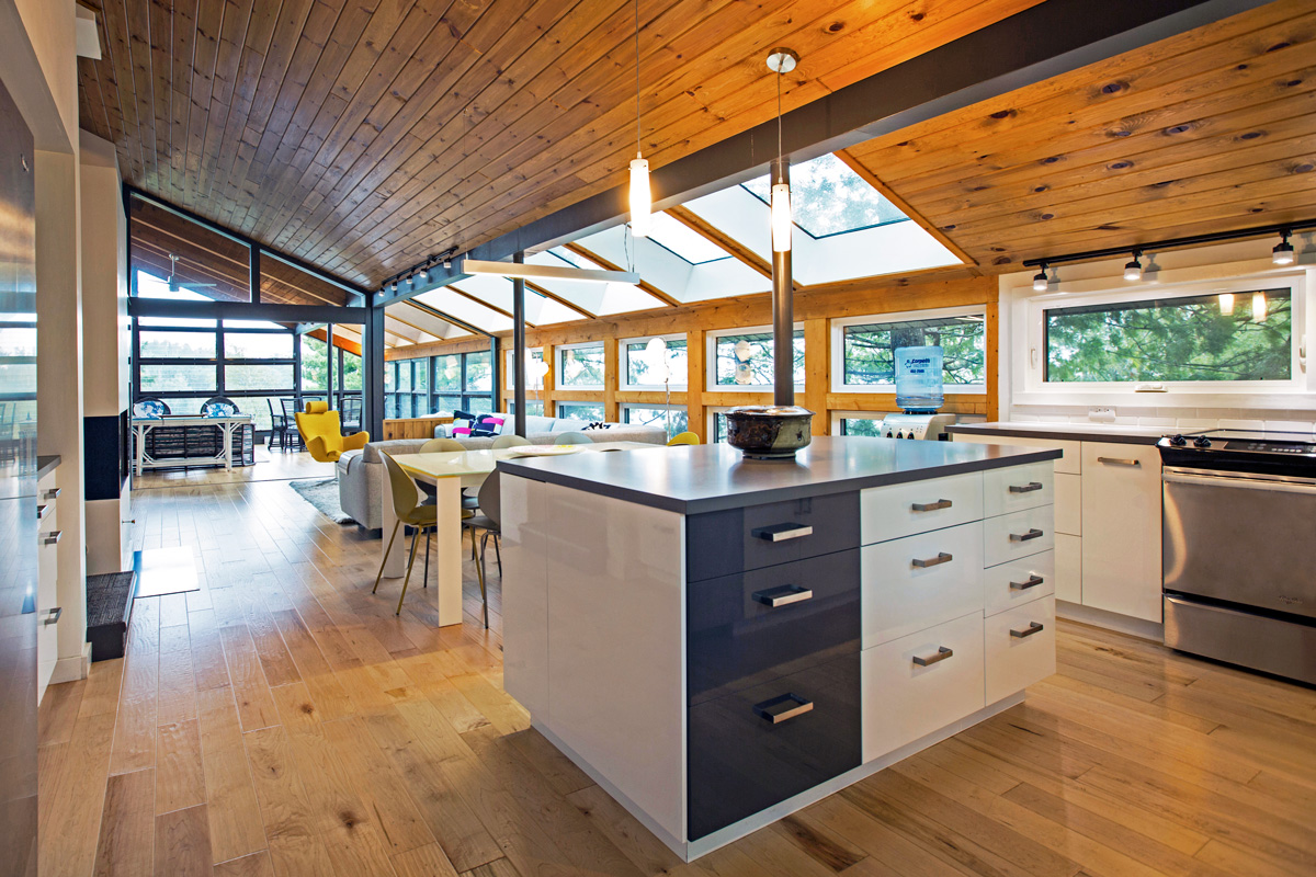 Unit 7 Architecture | Projects - West Hawk Lake Summer Home  - BASEMENT ENTRY