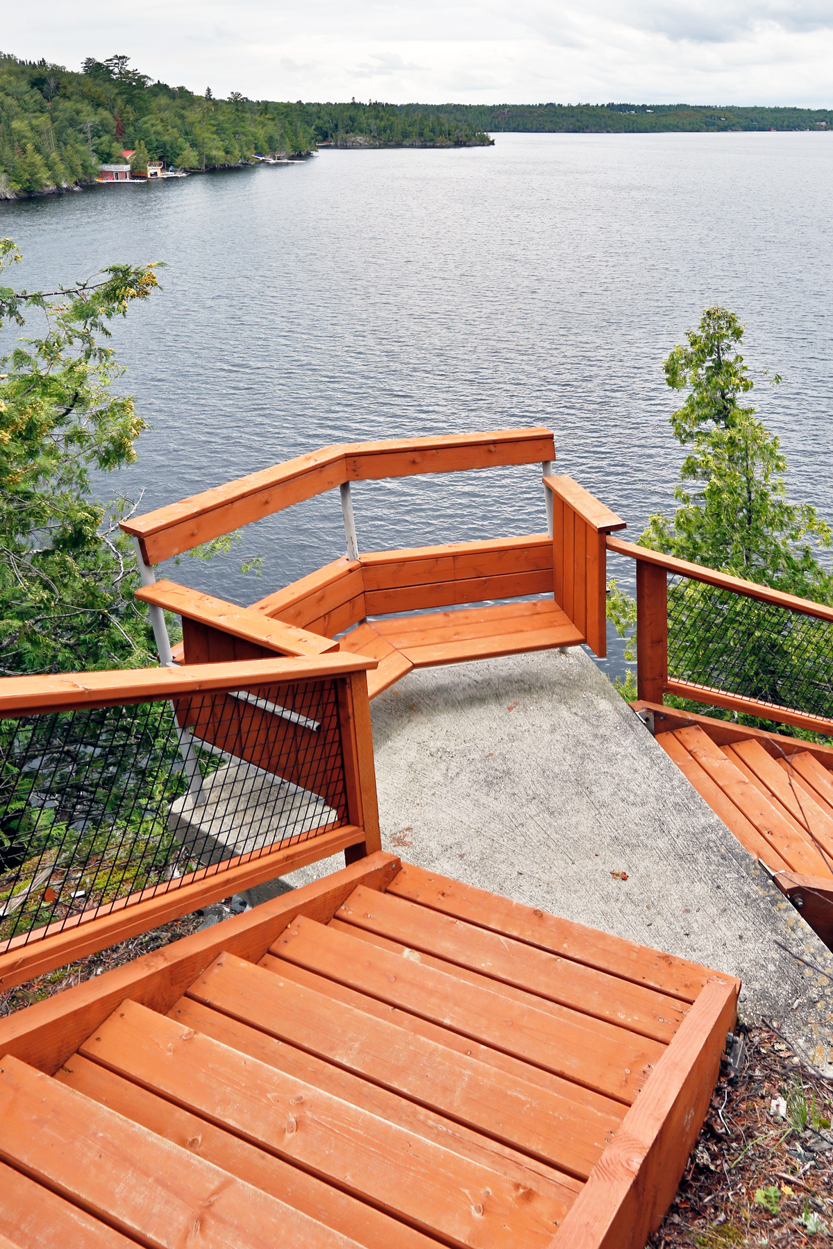 Unit 7 Architecture | Projects - West Hawk Lake Summer Home  - STAIRWAY TO THE LAKE